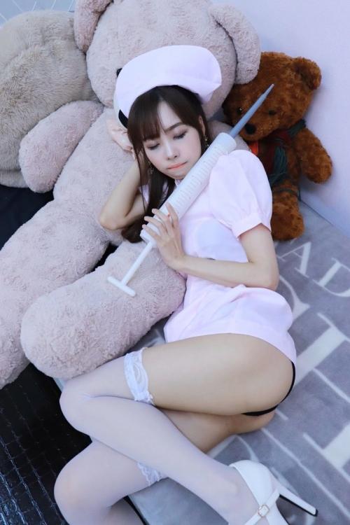 性的なナースコスプレ 21