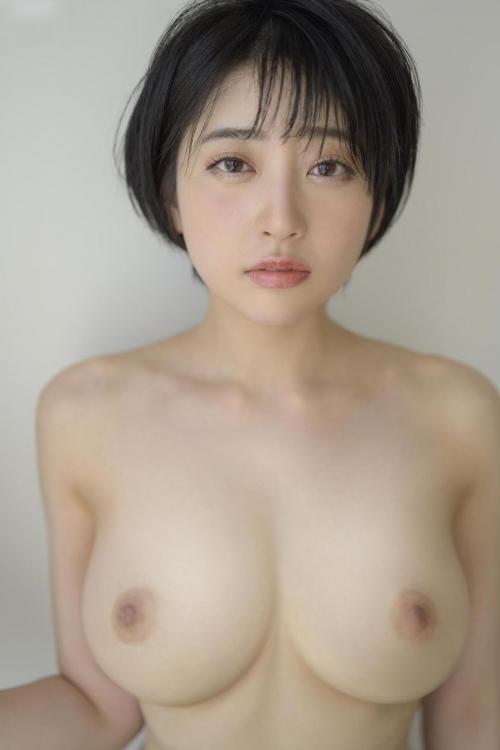 AV女優 舐めて吸いたくなるエロい乳首のおっぱい エロ画像 02