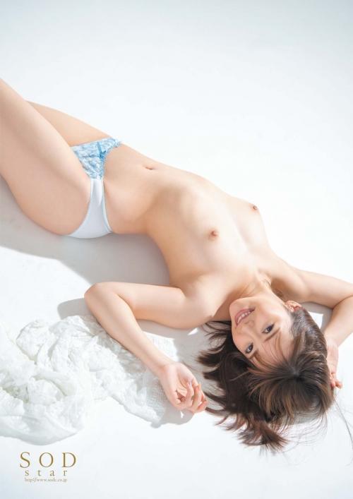 AV女優 舐めて吸いたくなるエロい乳首のおっぱい エロ画像 102