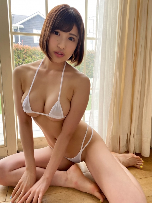 AV女優 白ビキニ 43
