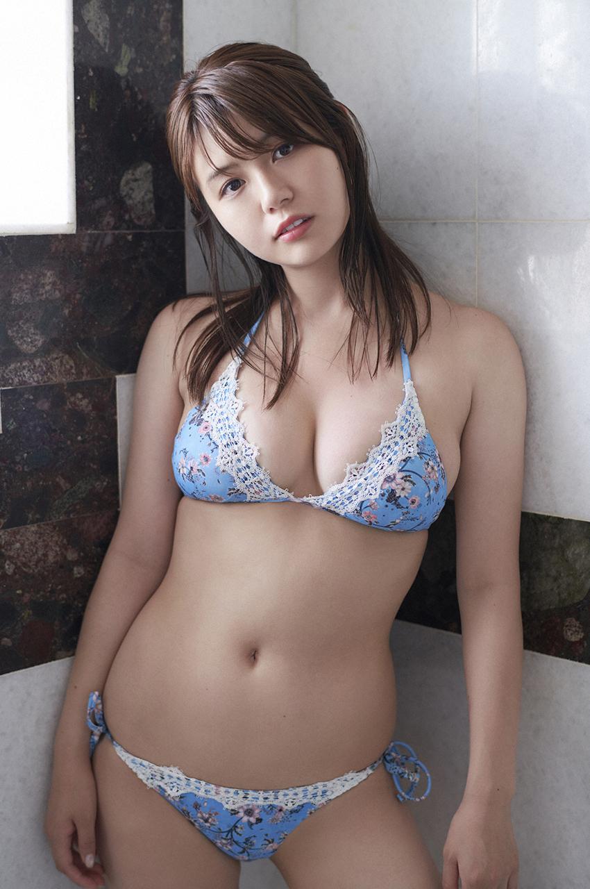 井口綾子213