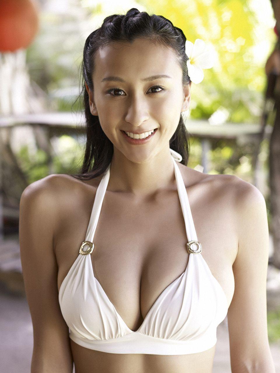 浅田舞の21現在が顔変わった 肩幅広い 激太り写真は 摂食障害も Thepickup