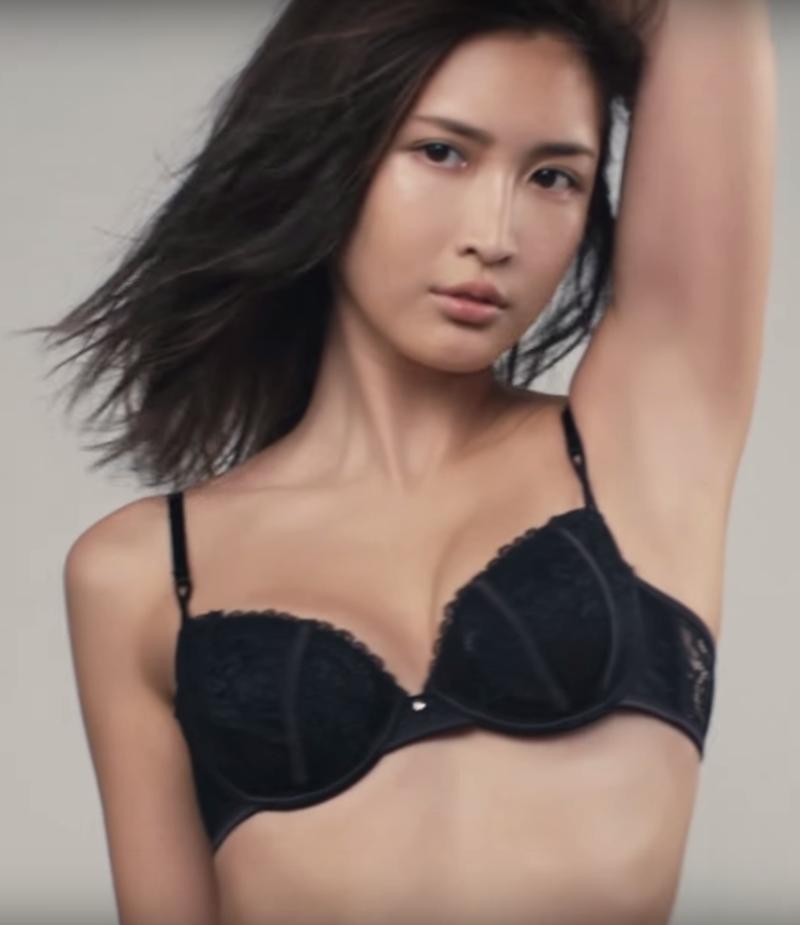 紗栄子33