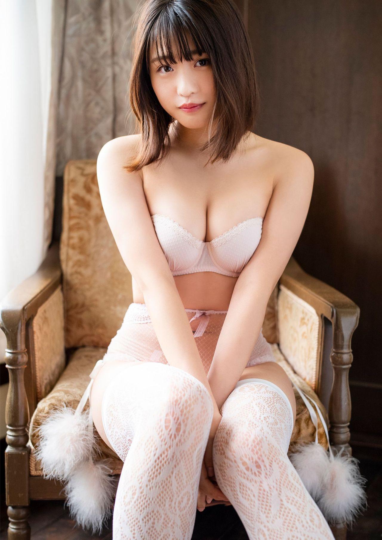石田桃香354