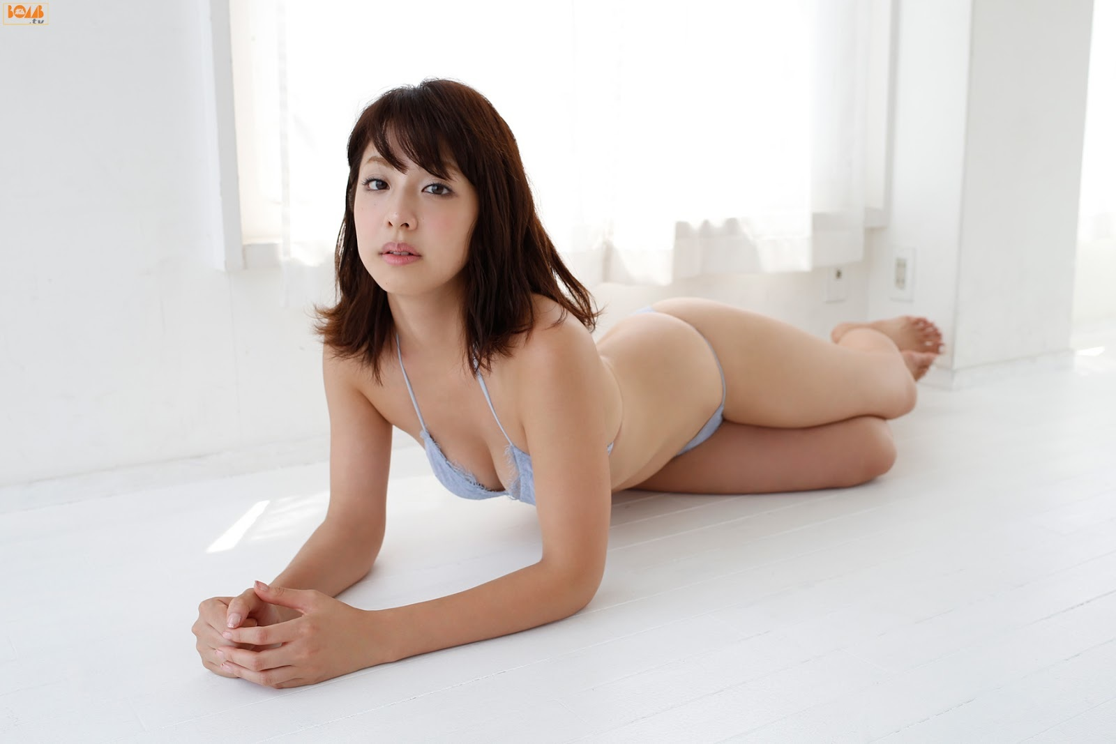 本郷杏奈84