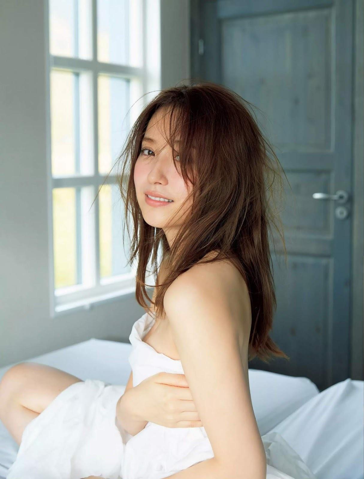 衛藤美彩34