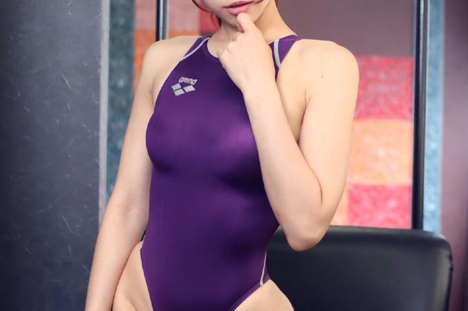 ズラしてハメたい競泳水着エロ画像