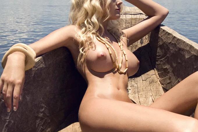 何連発でもできそうな極上の外国人女性ヌードエロ画像