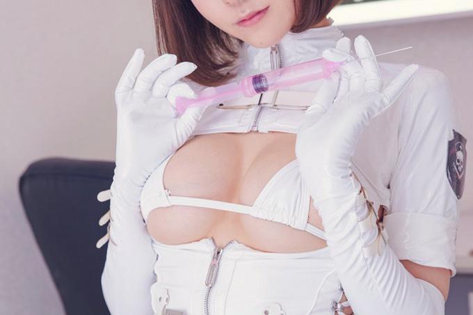 ちょっとエッチな白衣の天使エロ画像
