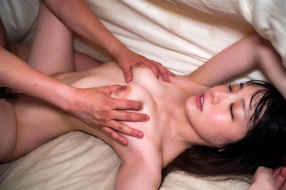 鈴村あいり 画像 17