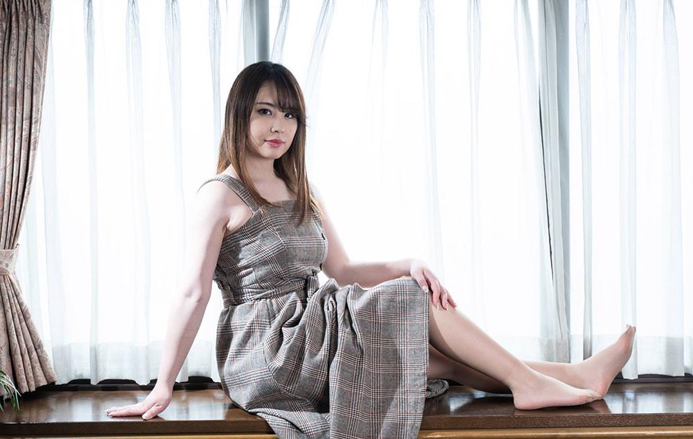 石田麻美 画像 1