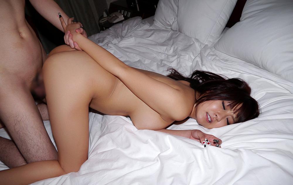 後背位 セックス 画像 2