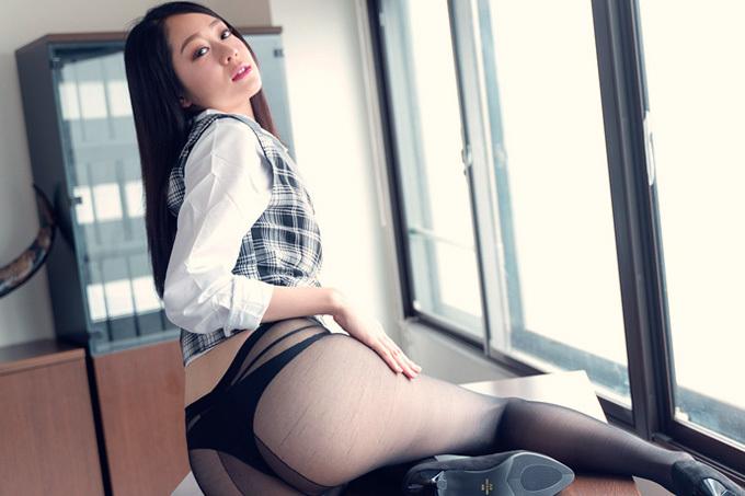 佐伯エリ アフター5は社長専用の性社員。