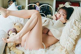 内田理央、5年ぶりの写真集でお尻丸出し!「一線を超えている」 と撮影チームも困惑wwww