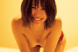 【誤爆ヌード】山崎真実さんの乳首ヌード画像、FLASH公式が公開してしまうwwwwwww