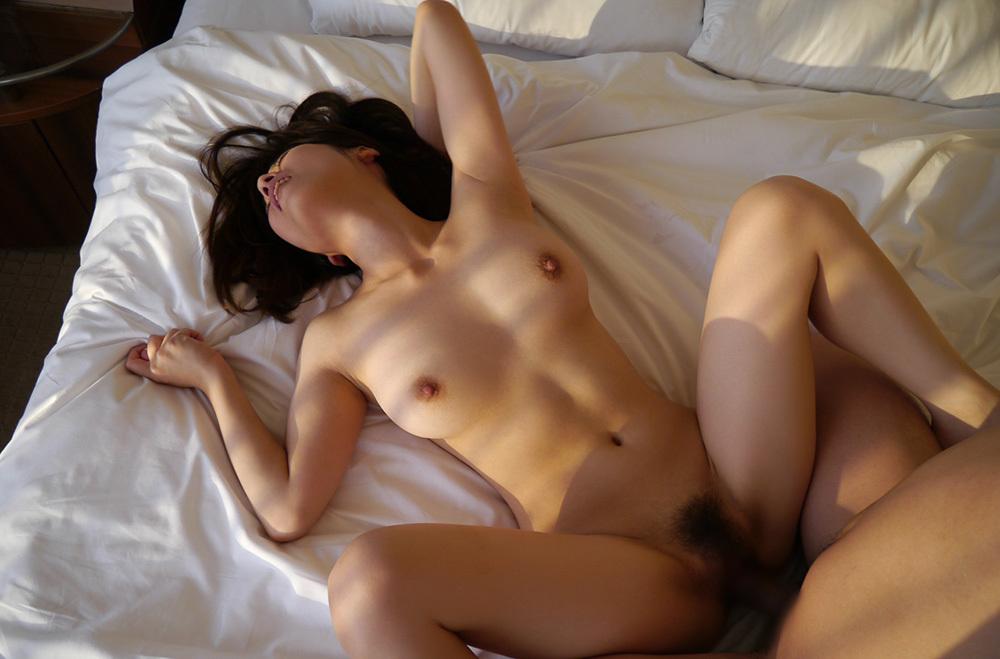 正常位 セックス 画像 92