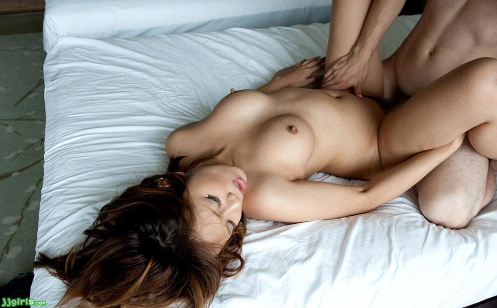 正常位 セックス 画像 11