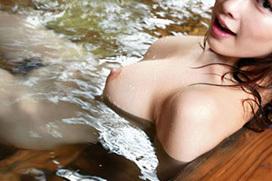 温泉に一緒に入ってお姉さんのおっぱいを揉みながら癒やされたくなるエロ画像