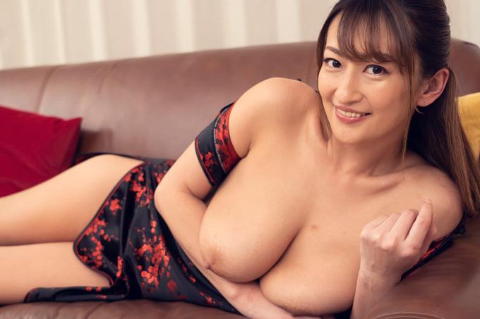 玲奈 怒涛の連続ぶっかけ&中出しセックス!