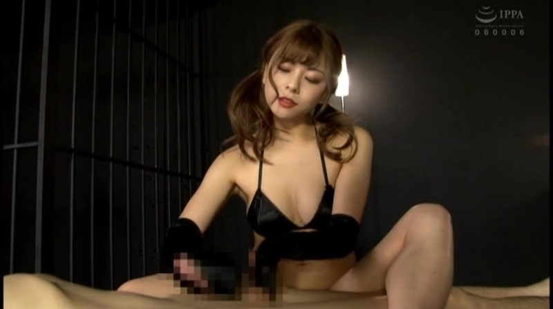 M男動画 サテングローブ手コキ FANZA