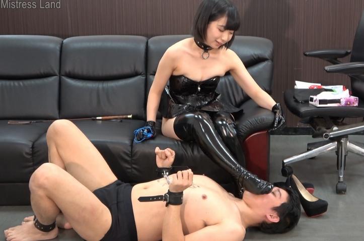 聖水 亜衣女王様 MLDO-169 新人サドOLの上司奴隷化復讐計画 M男動画