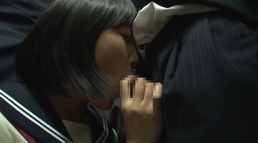 満員電車でチンポ咥える女子校生