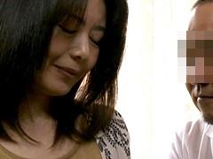三浦恵理子 四十路の美乳熟女が絶倫男のデカチンとセックスに魅力を感じて結婚
