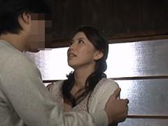 桐島綾子 乱暴な夫のSEXに疲れた貞淑妻が若い義息子に夜這いされて股を開いてしまう