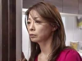 【竹内れい子】勝手に家に上がりこんできた不良にレ○プされた母