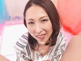 【佐田茉莉子】ファンを思うと思わず泣いてしまう美魔女が本気SEXを披露!