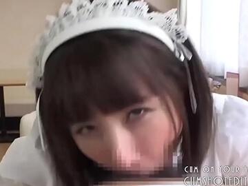 フェラチオメイドな大沢佑香のサムネイル画像4