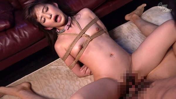【性奴隷】女子校生にしか見えない童顔系美少女をドMフル調教!縛って手マン電マ責め、踏みつけ、ぶっかけ乱交など普通のセックスでは満足できない肉体に魔改造