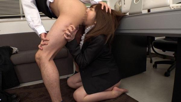 【フェチ動画】自分の肛門を女性に強引に舐めさせたい…と願うドSな男性諸氏のための映像がこちら