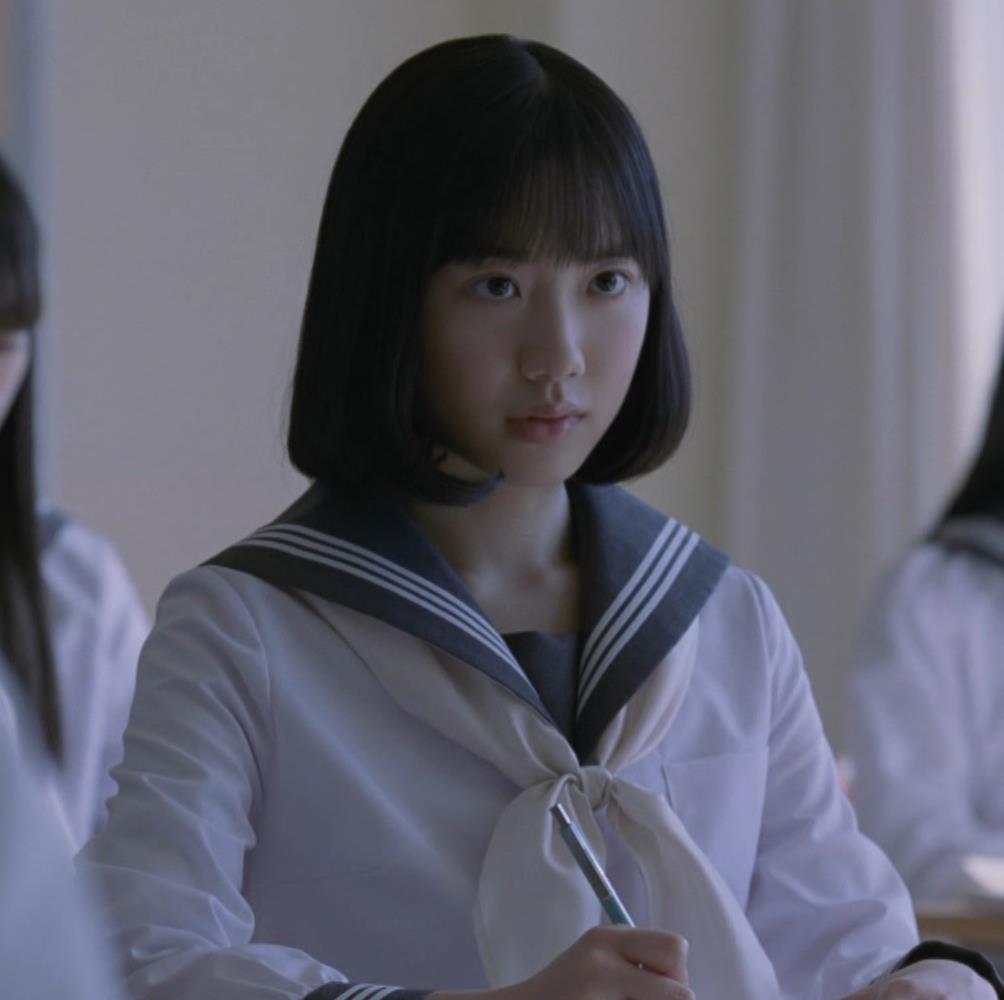 芦田愛菜のパンチラ画像