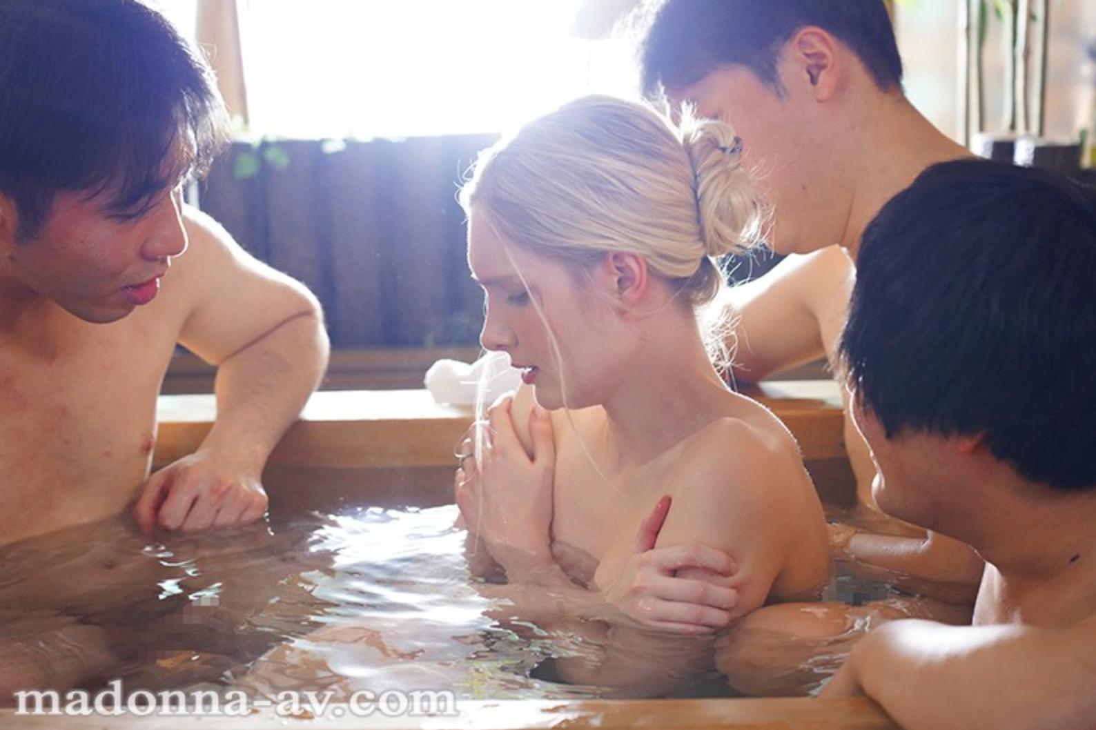 秘湯輪● 辺境の混浴温泉で堕とされゆく北欧生まれのブロンド美人妻 リリー・ハート
