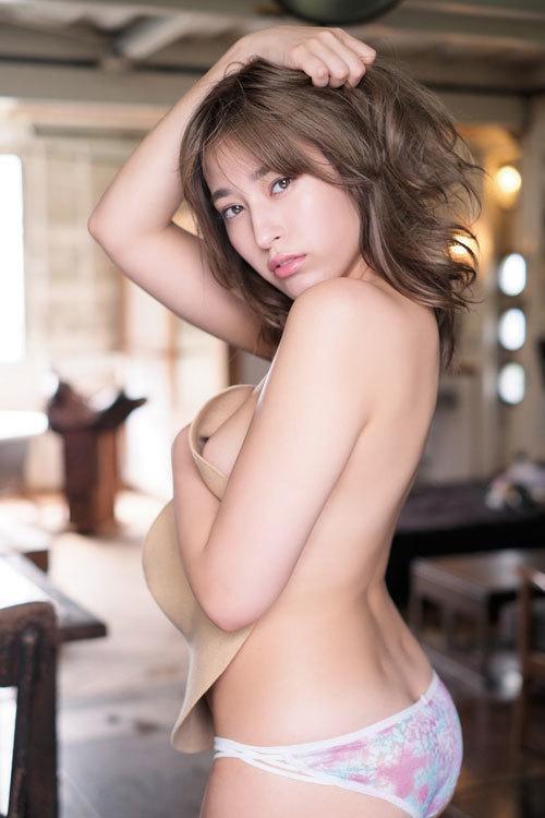 平田梨奈 Fカップ巨乳のダイナマイトボディ38