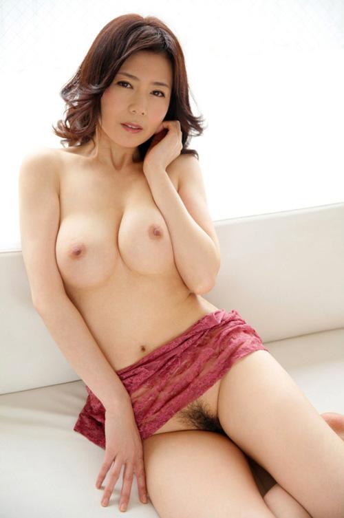 熟女のおっぱい画像 美巨乳や劣化がエロい乳80枚
