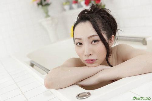吉岡蓮美 美巨乳でもてなしてくれる極上泡姫5