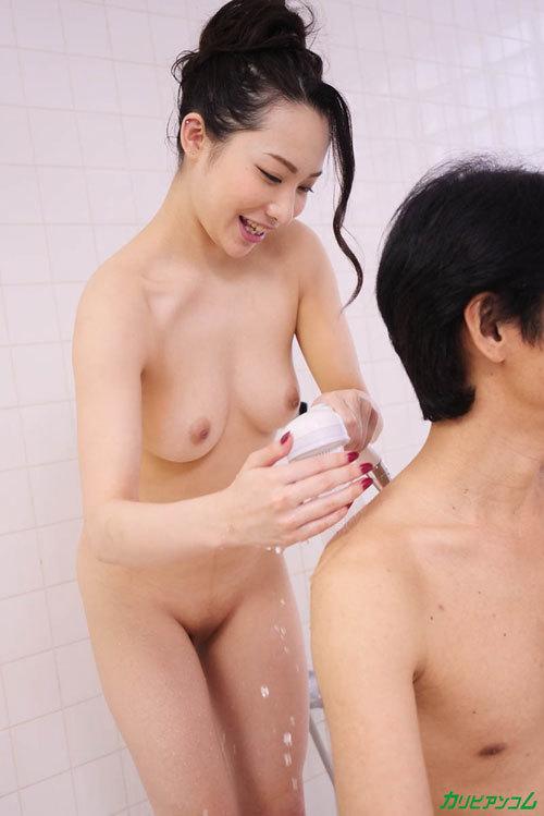 吉岡蓮美 美巨乳でもてなしてくれる極上泡姫8
