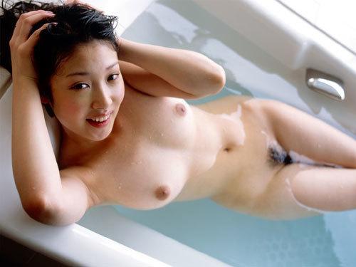 お風呂に一緒に入って優しいお姉さんのおっぱいで癒やして欲しくなっちゃう