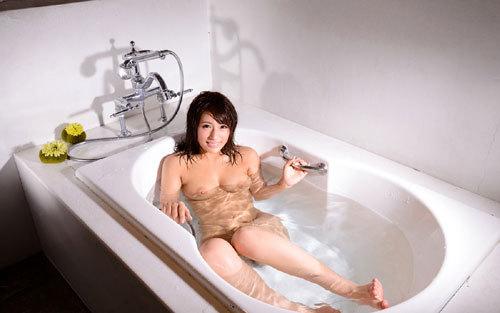 お風呂でお姉さんのおっぱいに癒やして欲しい10
