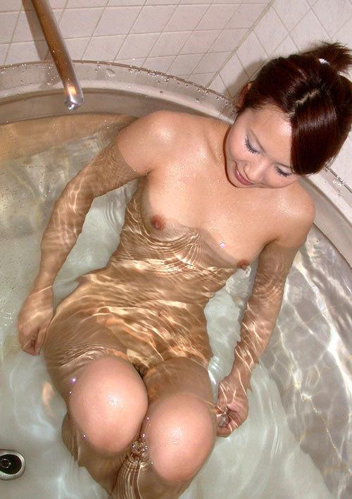お風呂でお姉さんのおっぱいに癒やして欲しい18