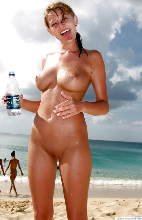 ヌーディストビーチっておっぱいだらけで楽園9