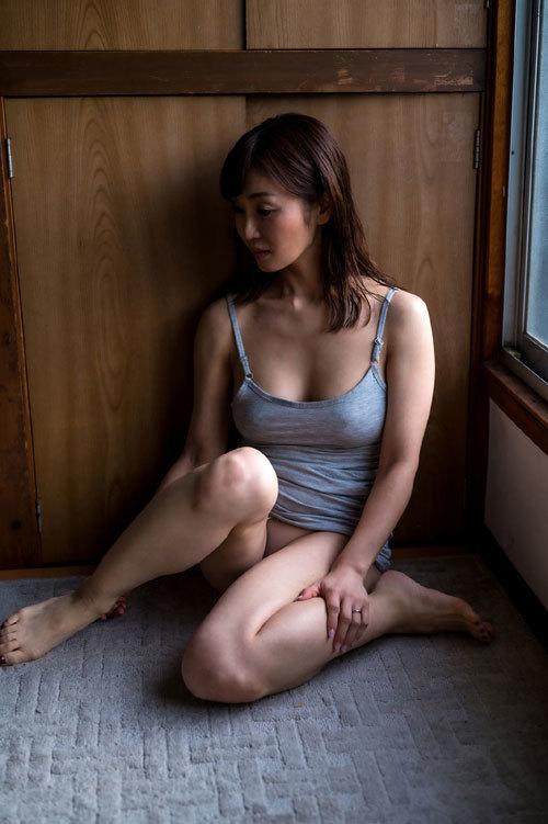 メロウ ~熟された色香が漂う~ 大島優香【グラビア写真集】 5