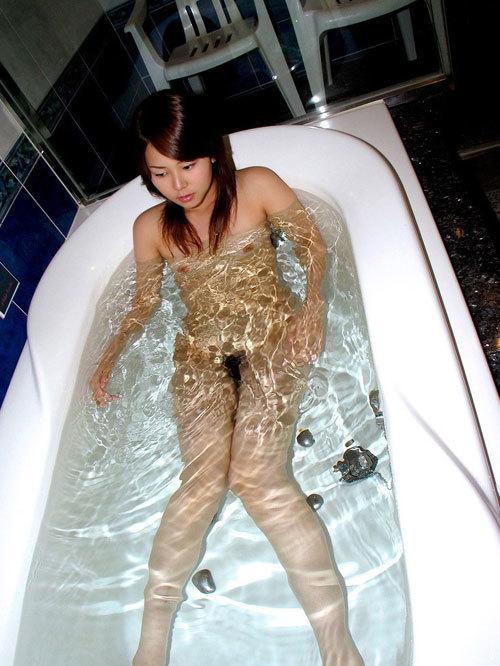 お風呂に一緒に入っておっぱいで癒やされたい26