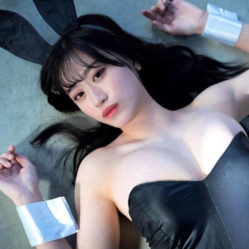 NMB48上西怜 アイドル界最高峰ボディのセクシーな大人バニーガール