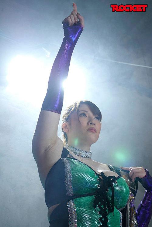 【速報】なんJ民好みのムチムチ爆乳プロレスラーが発見される!!!!!