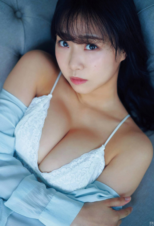 NMB48加藤夕夏 グラマラスな贅沢ボディー