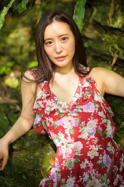 SARINA 〜あの日、常夏の島で〜 百永さりな 9