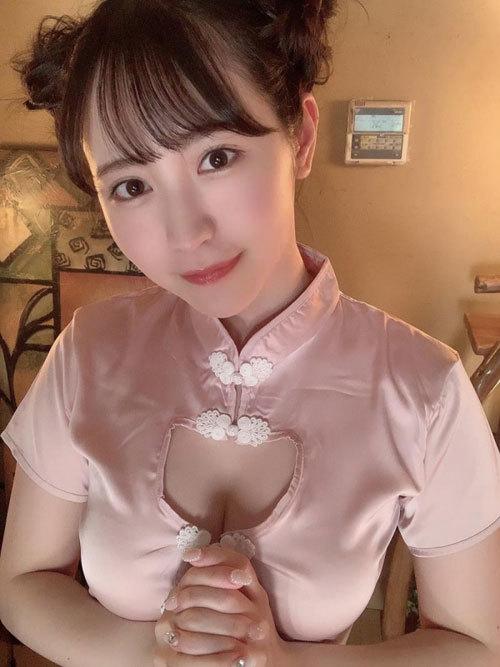 小野六花 19歳 エロすぎるチャイナドレス美少女